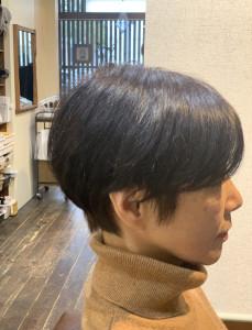 柔らかい髪質のお客様のマッシュスタイル。綺麗な丸みが出てます